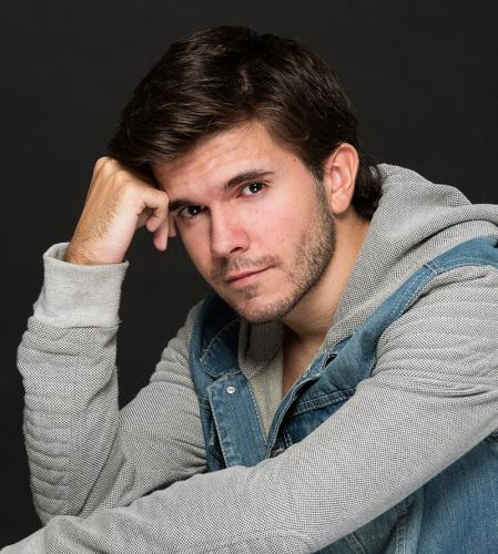 Fotografía para book de actor en Madrid. Actor Daniel Oliver.